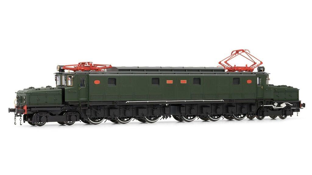 """Locomotora eléctrica Renfe 7200 y 7500 """"Cocodrilo"""" de Electrotren"""
